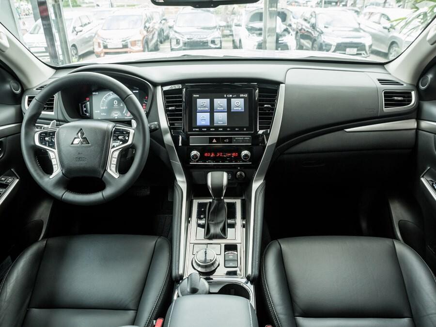 Mitsubishi Pajero Sport 4x4 AT Diesel