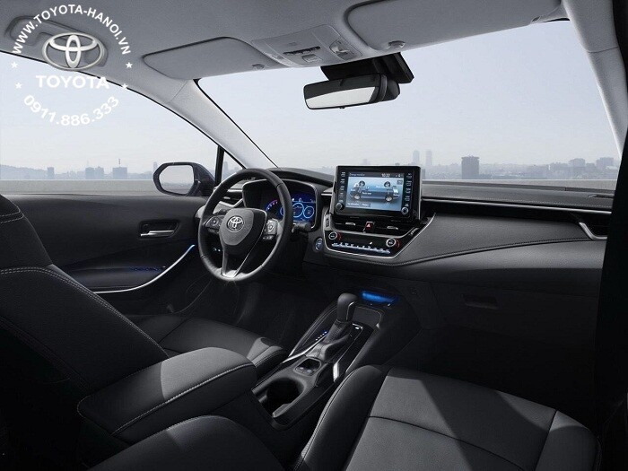 Nội thất màu đen của xe Corolla Cross 2021