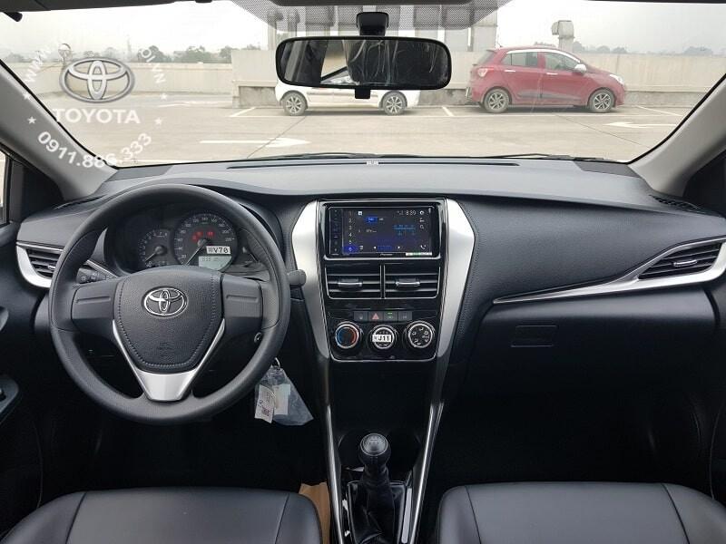 Nội thất xe Toyota Vios E MT số sàn 2020