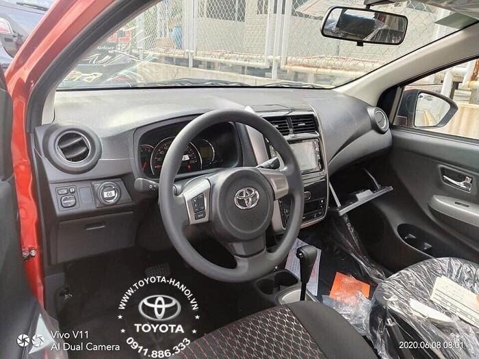 Nội thất hàng ghế trước xe Toyota Wigo 2021