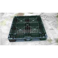 Pallet nhựa 1100x1100x150mm màu đen Hàn Quốc