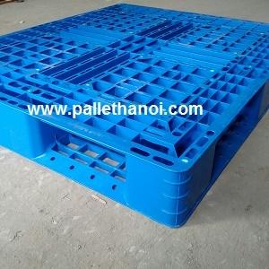 pallet nhựa cao 15