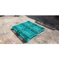 Pallet nhựa kích thước 1300x1100x120mm