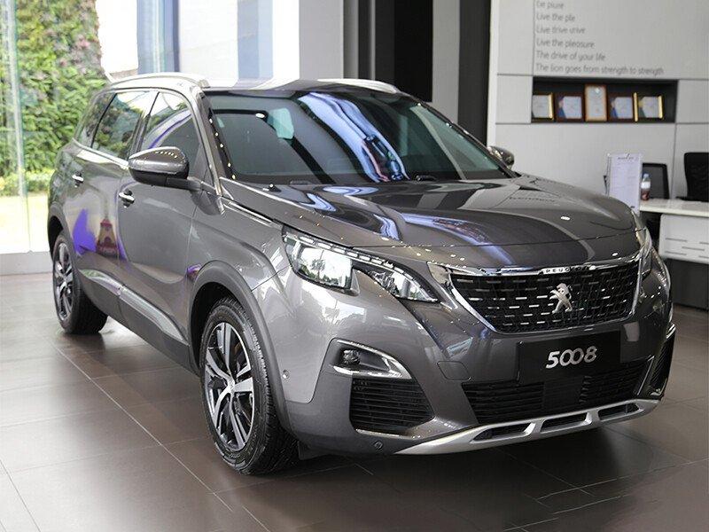 Peugeot 5008 Active SUV 7 chỗ