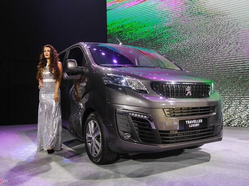 Peugeot Traveller Luxury