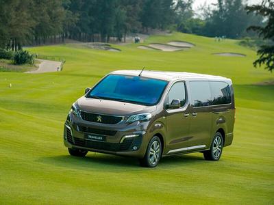 Peugeot Traveller Luxury 2019