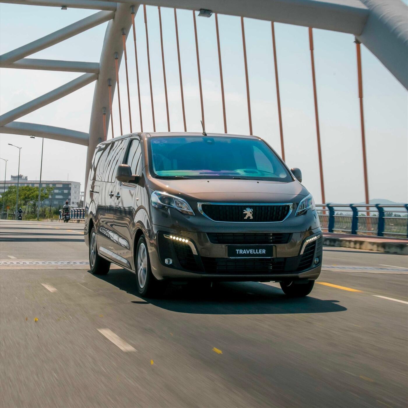 Peugeot Traveller Premium 2020 - Nâu KCM