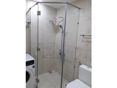 phòng tắm kính - phòng tắm kính góc