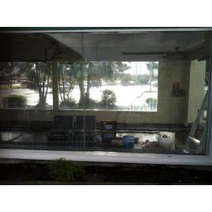 Phục hồi kính bị ố, trầy xước biệt thự A5 - 44 Khu Mỹ Thái 2 Phú Mỹ Hưng Q7