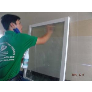 Phục hồi tẩy ố kính Khu tái Đinh Cư Bình Khánh 1080 căn hôi