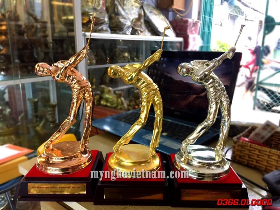 Bộ tượng trao giải cup Golf vàng bạc đồng cao 23cm.