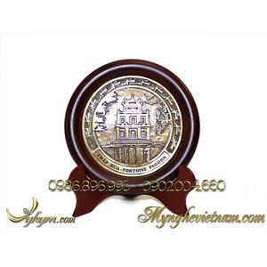 Đĩa quà tặng tháp rùa hồ gươm đúc đồng đk 14cm