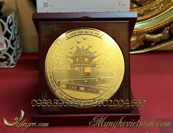 Đĩa biểu trưng quà tặng khuê văn các đồng gỗ 15x15cm