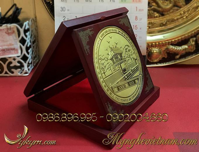 đĩa quà tặng, đĩa đồng khuê văn các, biểu trưng văn miếu, quà tặng sự kiện, quà tặng hội nghị.