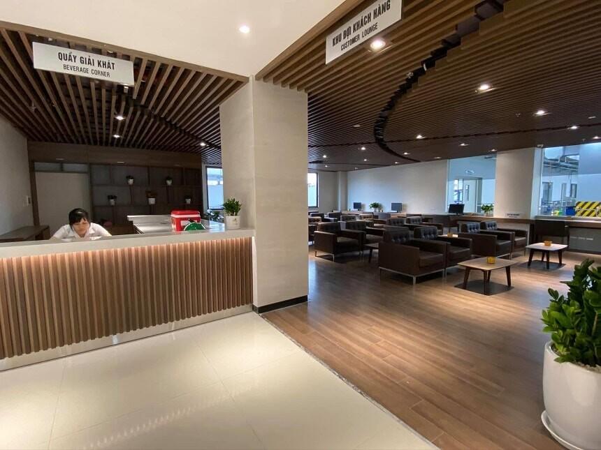 Quầy Bar và phòng chờ dịch vụ tại Đại lý 4S Toyota Hoài Đức