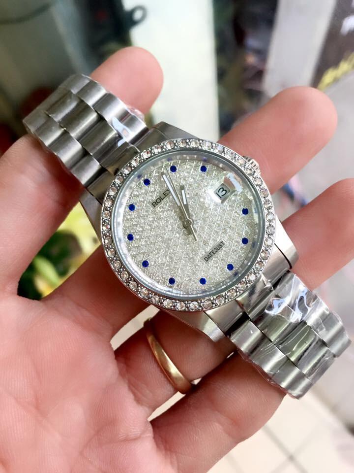 Rolex Datejust automatic Silver Dial Blue Diamond Bezel Men's Watch