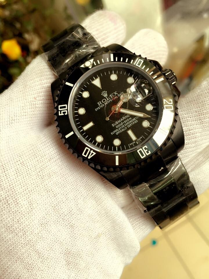 Rolex Oyster Perpetual Submariner Date 116610LN Automatic Black Dial Men's Watch
