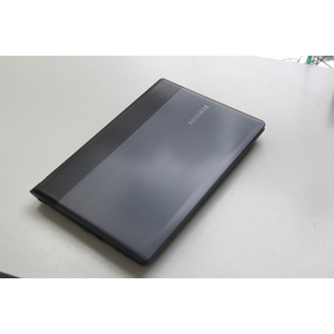 SAMSUNG NP300E4Z Core i3-2350M~2.3GHz Ram 2G HDD 320GB 14