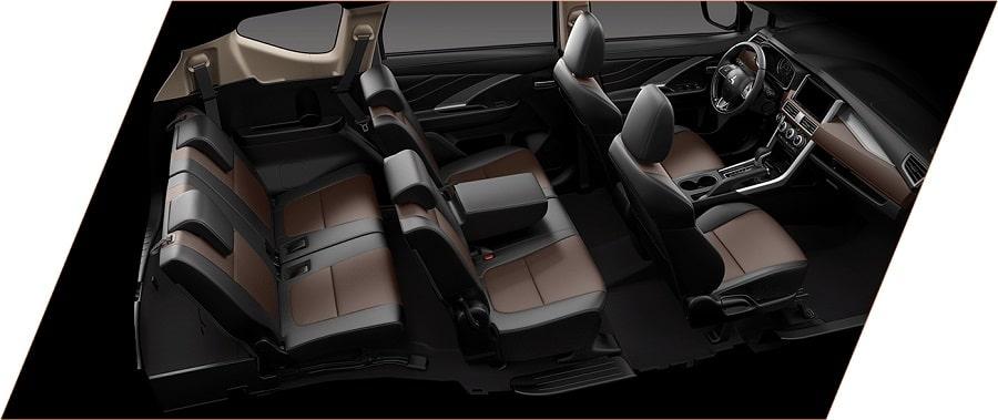 Nội thất 7 chỗ rộng rãi trên xe Xpander Cross số tự động