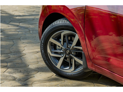Hyundai Grand i10 1.2 AT 2021