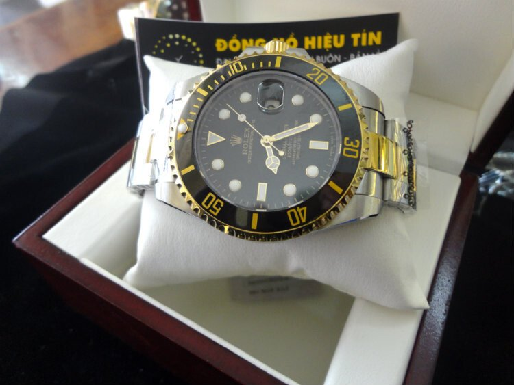 Rolex Submariner Date 43mm black semi gold
