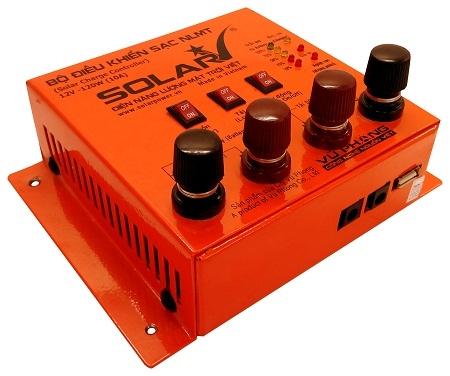 Bộ điều khiển nạp năng lượng mặt trời - Solar controller 12V 10A - SolarV Vietnam