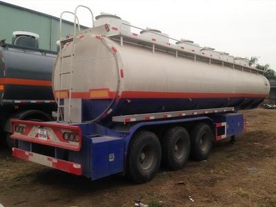 Somi romooc chở xăng dầu