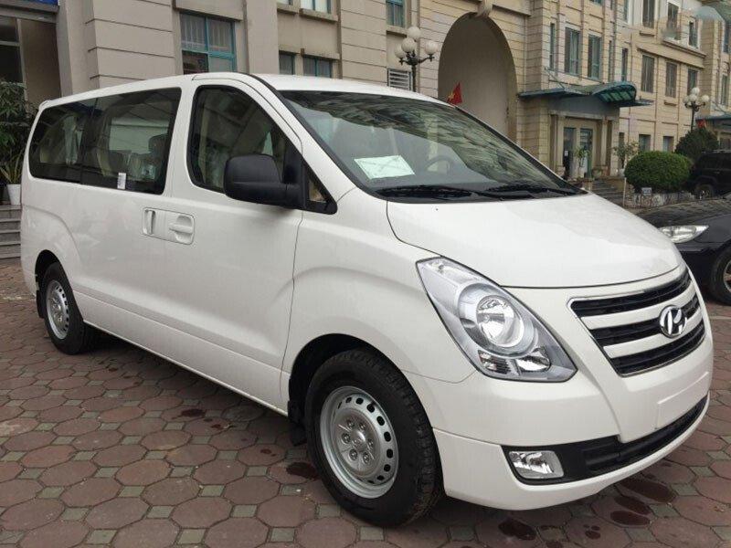 Hyundai Starex Van 9 Chỗ Dầu