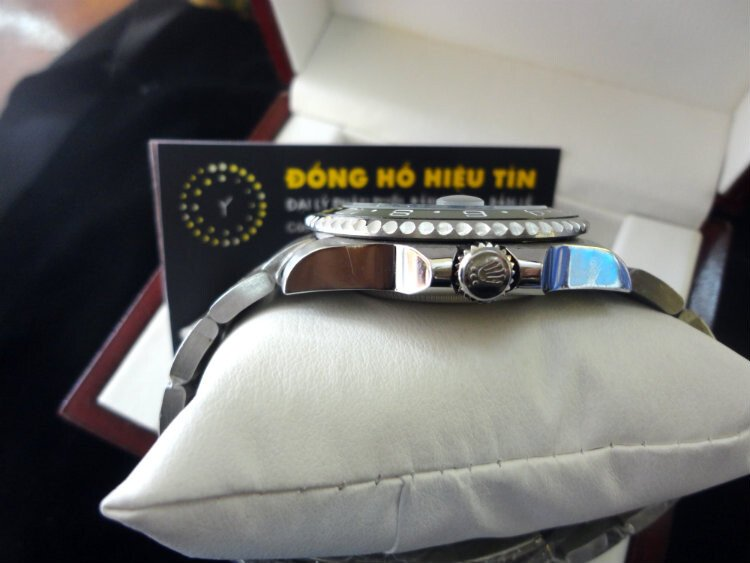Đồng hồ nam tự động Rolex Submariner Date 40mm blue
