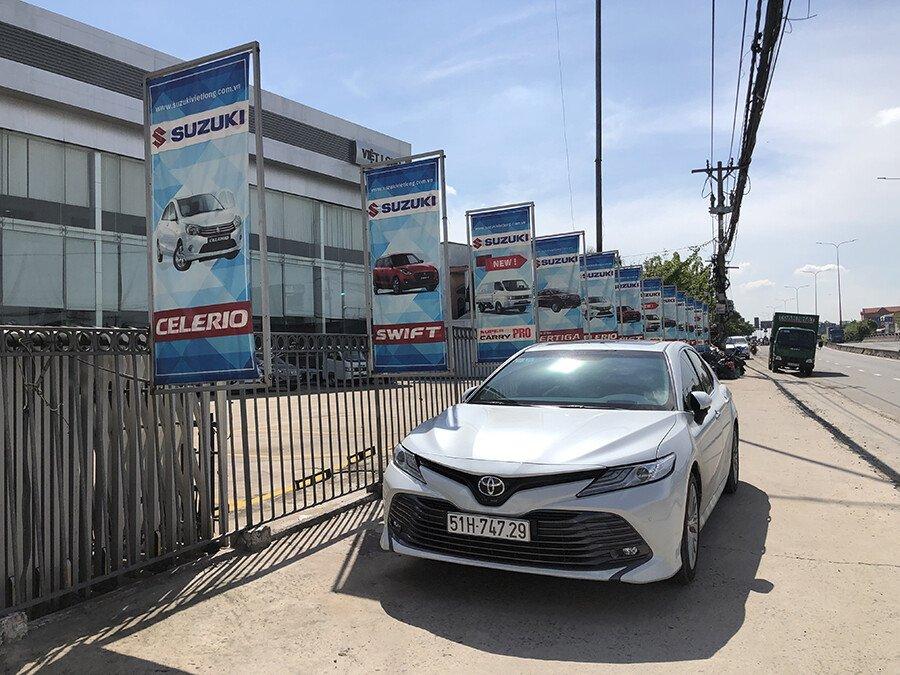 Suzuki Việt Long Quận 12  tọa lạc ngay mặt tiền Quốc lộ 1A, vị trí đắc địa trung tâm Quận 12