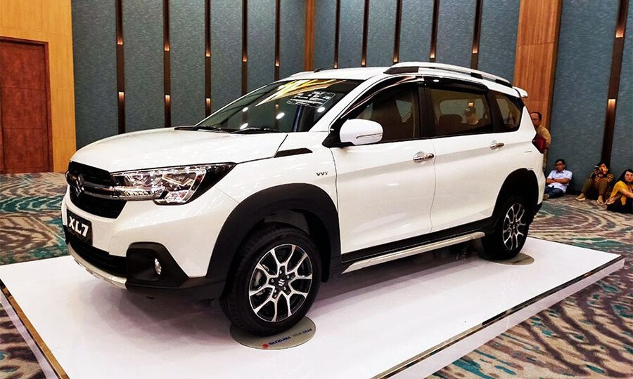 Giá xe Suzuki XL7 từ 589 triệu