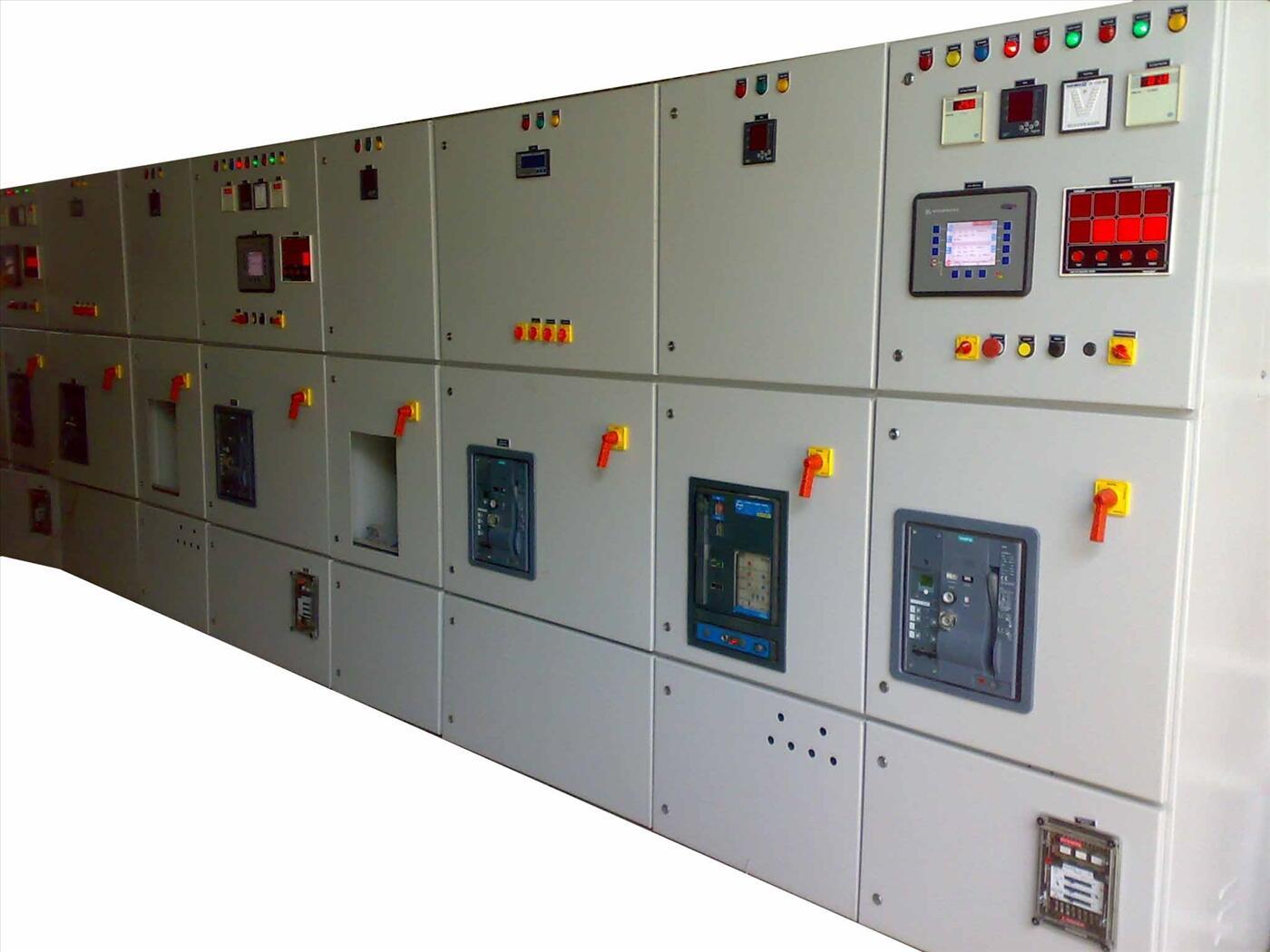 Tủ hòa đồng bộ các máy phát điện - điện lưới (Synchonizing systems for generators and main grid)