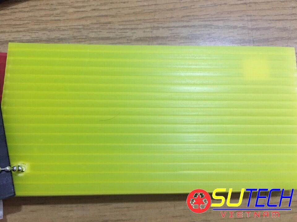 Tấm nhựa danpla 3mm màu vàng