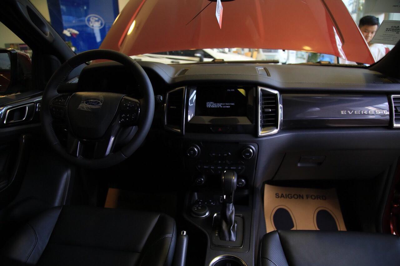 Ford Everest Titanium 2.0L AT 4X2
