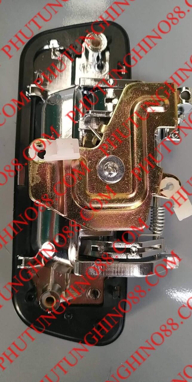 TAY MỞ CỐP SAU XE BÁN TẢI ISUZU D-MAX 54 4JA1 D- MAX 77 4JH1 D-MAX 85 4JJ1
