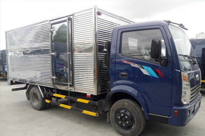 Xe tải Tera 230 thùng kín 2,3 Tấn