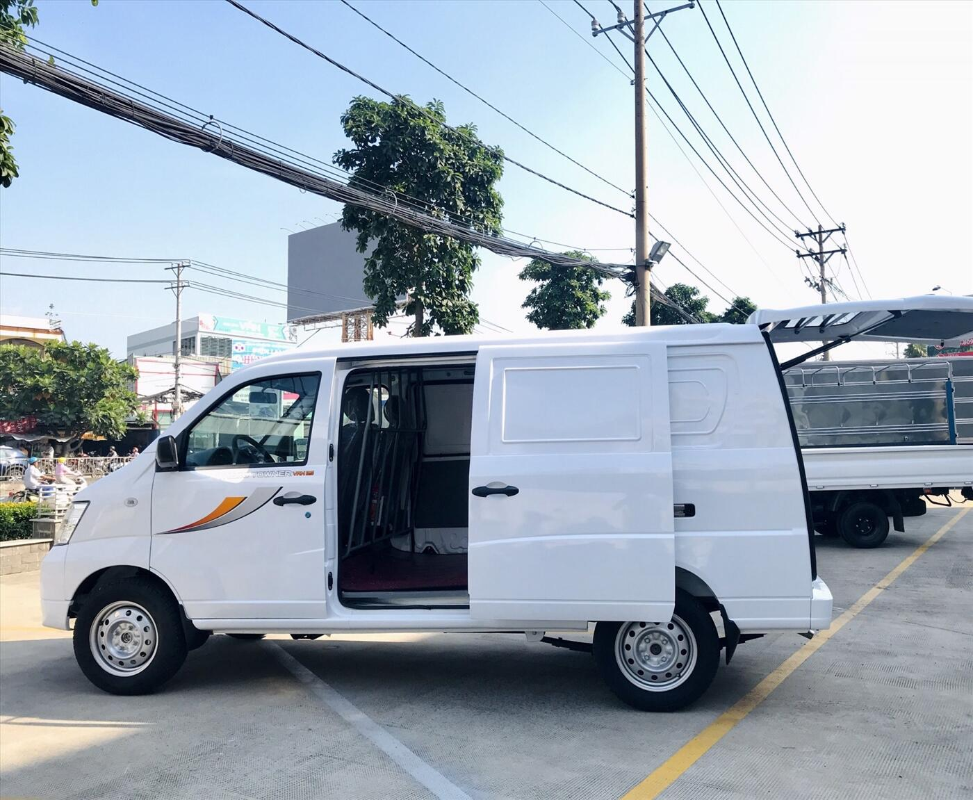 Xe tải Thaco Towner Van 2S - Tải trọng 945kg