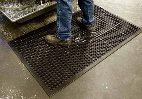 thảm cao su chuyên lót nhà xưởng co khí