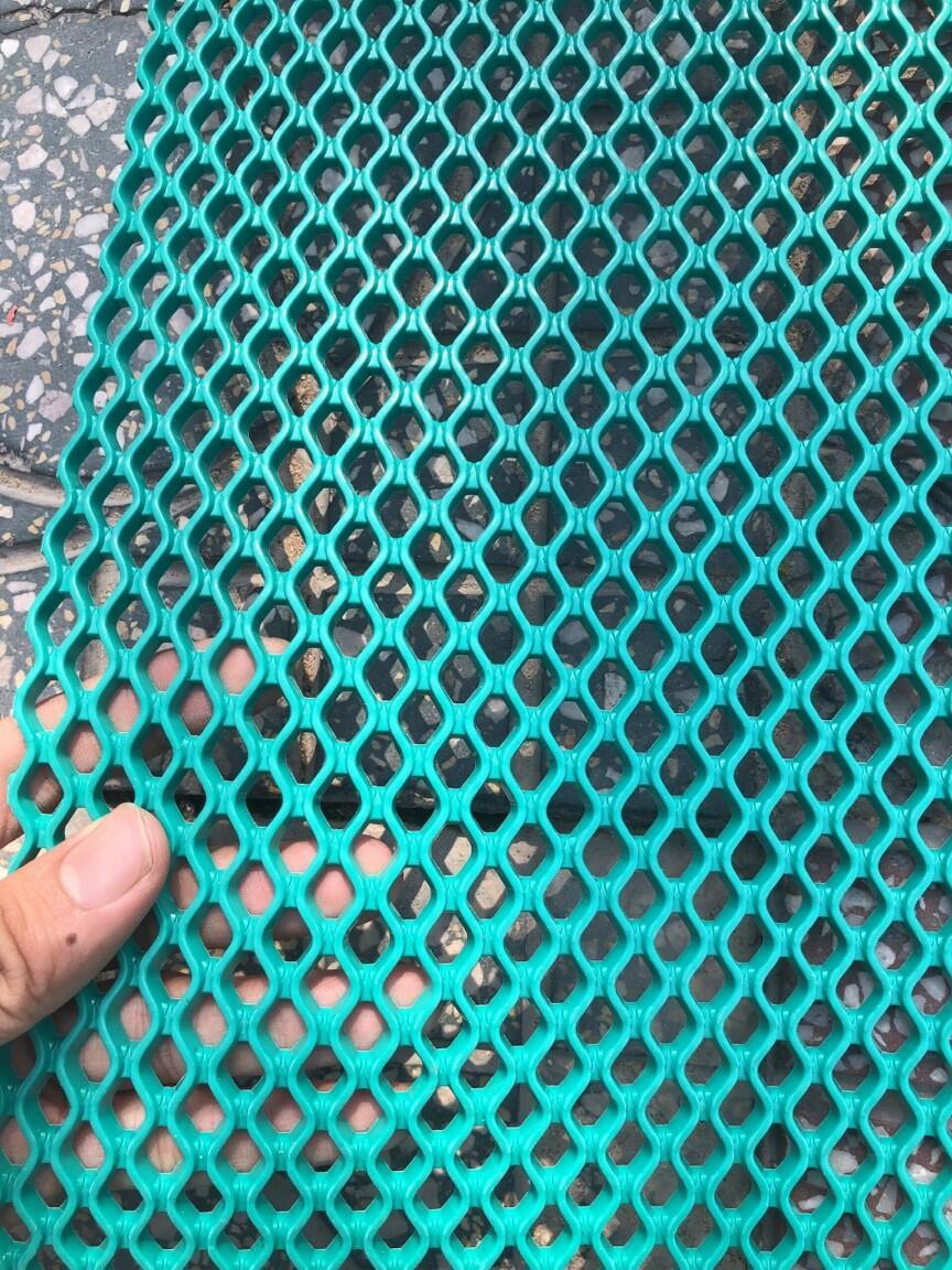 thảm nhựa lưới cao cấp