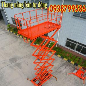 Thang nâng người ziczac 9m tải 500kg - bán tự động
