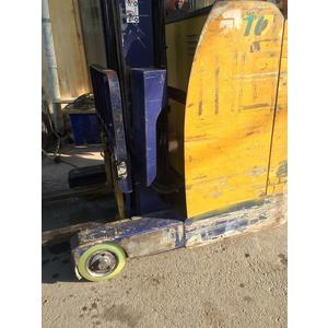 Bánh xe nâng điện Komatsu FB10RL-11