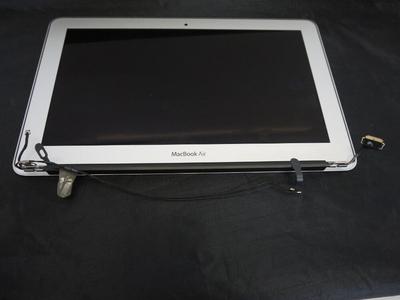 Thay Màn hình MacBook Air 11 inch Mid 2011 tại đà nẵng