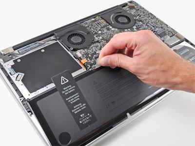 Thay pin Macbook Air Pro Retina chính hãng giá rẻ tại Đà Nẵng lấy ngay