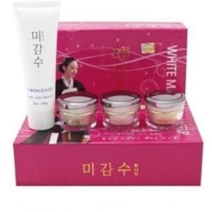 The Face Shop Bộ mỹ phẩm dưỡng trắng da Hàn Quốc