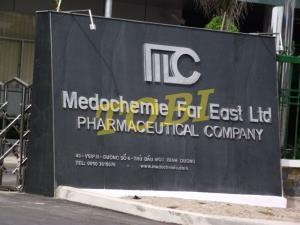 Thi công bảng tên Công ty MEDOCHEMIE