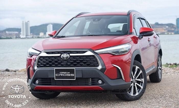 Đầu xe Toyota Cross 1.8v máy xăng 2021 màu đỏ