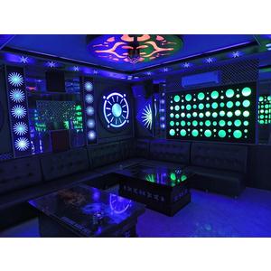 Thiết kế thi công phòng hát karaoke VIP Led Full tại Quận Đống Đa