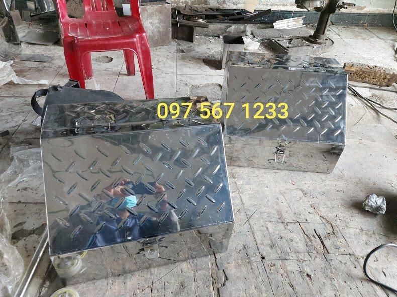thùng đựng đồ nghề xe tải hyundai