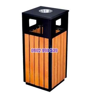 Thùng đựng rác bằng gỗ ngoài trời có gạt tàn