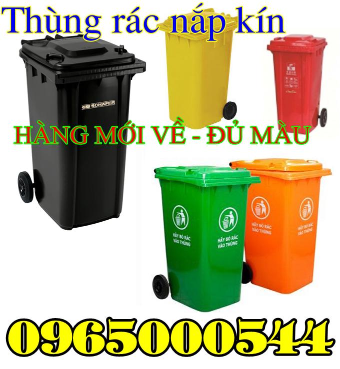 Thùng rác nắp kín có bánh xe đa dạng màu sắc